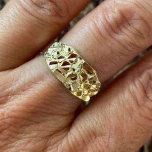 9mm 10K Gold Hollowv Nugget Ring wedding band